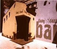 Gung'u'bazz Bar
