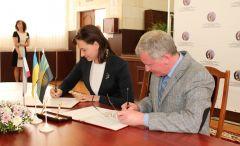 Дончане и крымчане подписали первое соглашение о сотрудничестве в сфере культуры