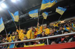 Чемпионат мира по хоккею в Донецке начался победой сборной Украины