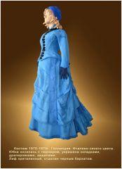 У посетителей выставки появилась возможность приобрести подлинные платья из частной коллекции Марины Ивановой
