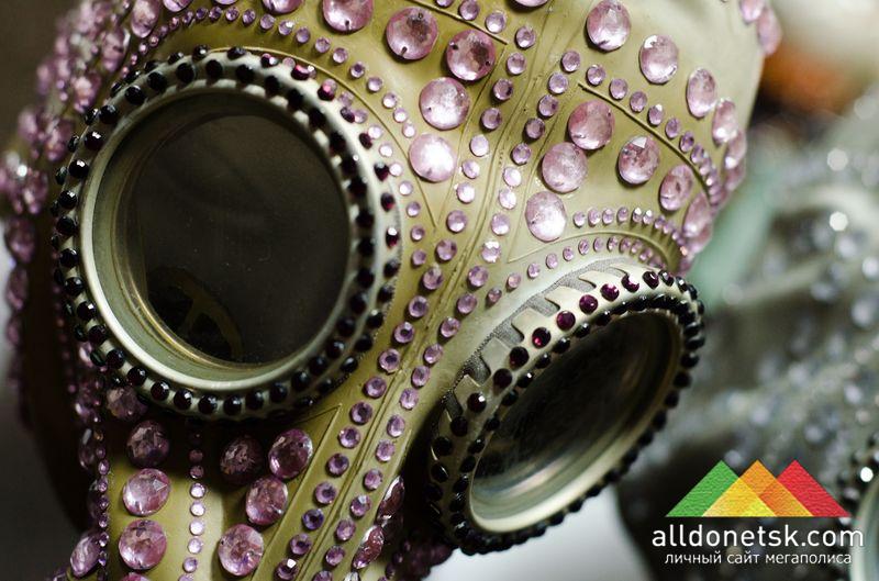 Такие маски для мужчины и для женщины всегда выделят вас из толпы