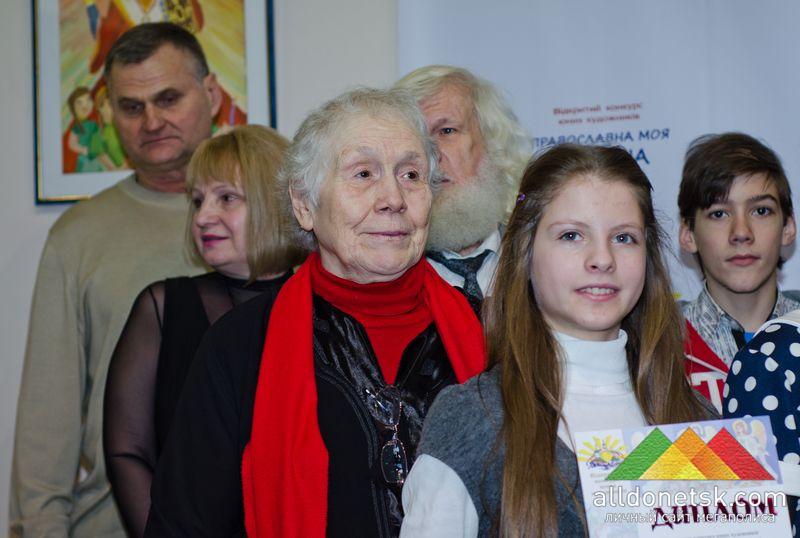 Народный художник Украины Полина Антоновна Шакало среди юных победителей