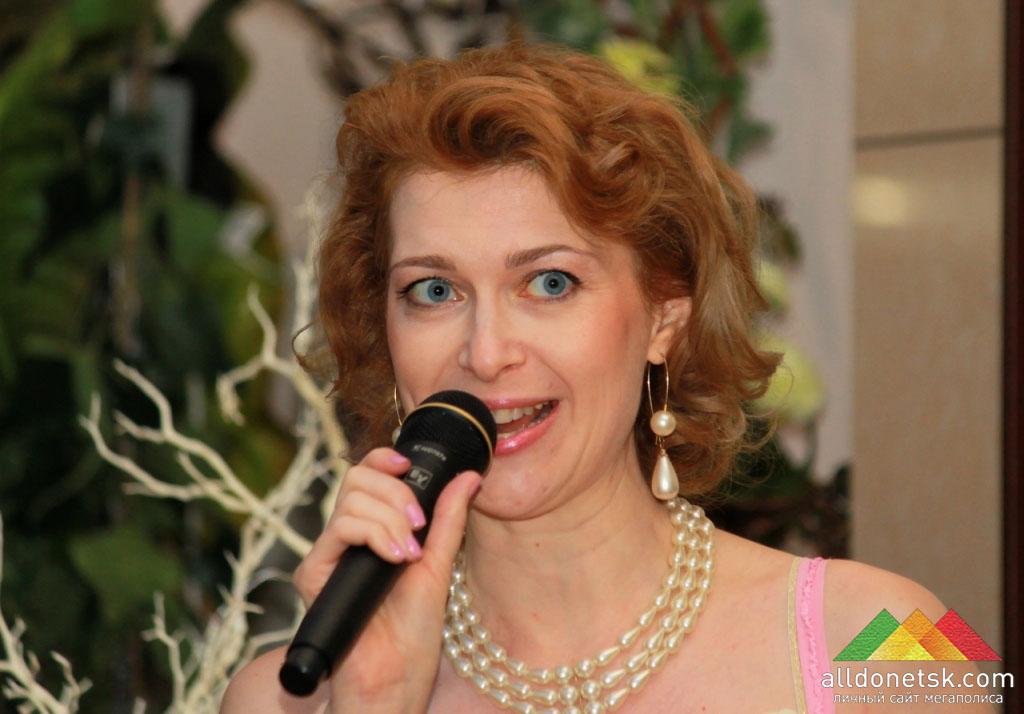 Организатор новосветского бала Марина Смирнова
