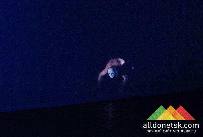 на сцене Донбасс опера франко-немецкий танцевальный проект