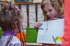 Выставка детского творчества в Избе для взрослого чтения