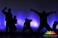Шоу Филадельфийской танцевальной хип-хоп группы Illstyle and Peace Productions в