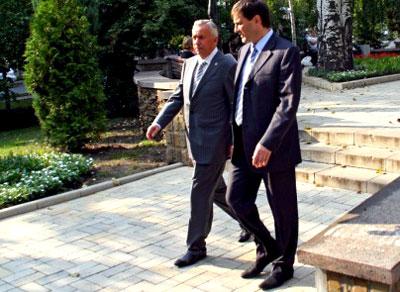 Мэр и губернатор пешком отправились в парк им.Щербакова!