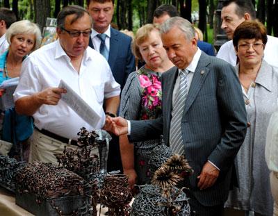 Мэр Донецка: ничего себе цены на кованые
