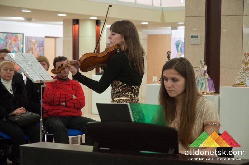 Соната №1 для скрипки и фортепиано. Светлана Подгорная (скрипка), Светлана Быкова (фортепиано)