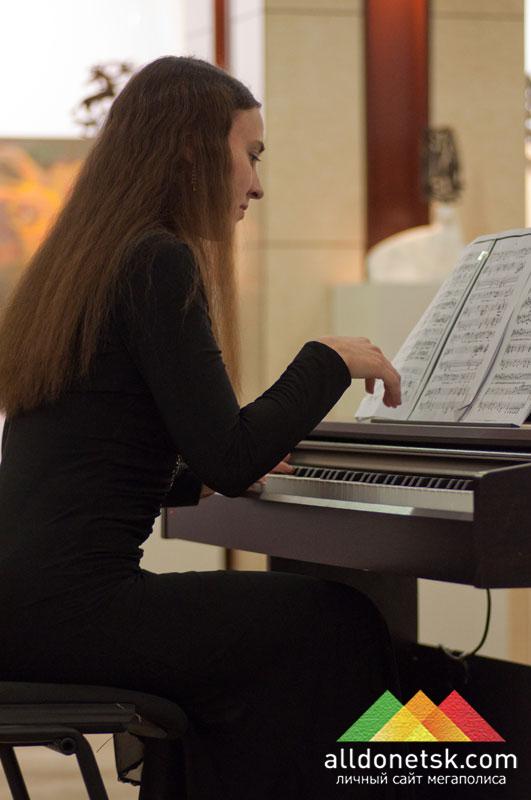 Аккомпанемент Валентины Галинченко для украинских свадебных песен (фортепиано)