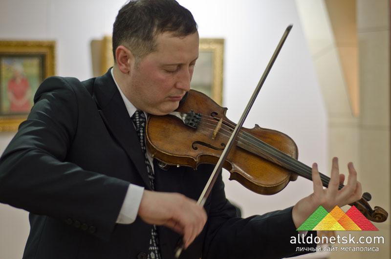 Виртуозный скрипач Аким Каракаш