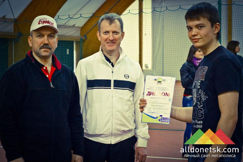 Дима Кудряшов (справа) победил в категории юниоры до 18 лет