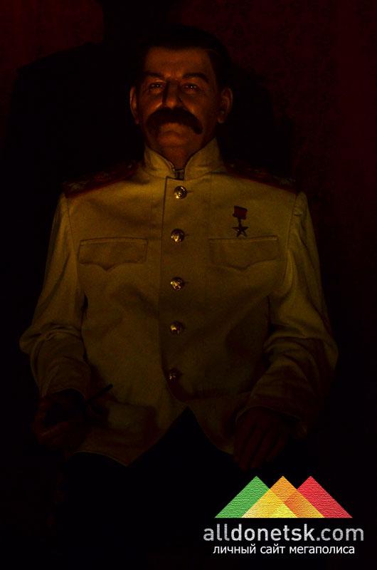 Иосиф Сталин. Советский политический, государственный, военный и партийный деятель
