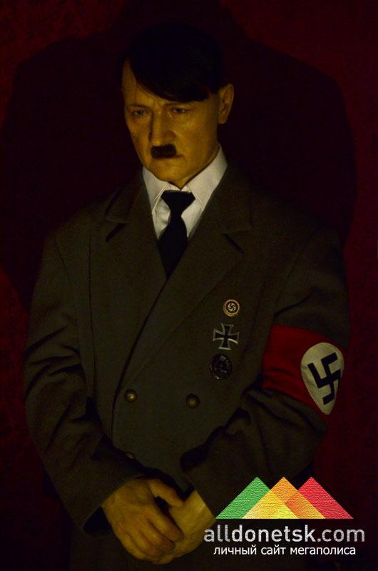 Адольф Гитлер. Рейхсканцлер Германии, фюрер