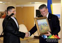 Донецку на примере Грузии показали, как нужно развиваться