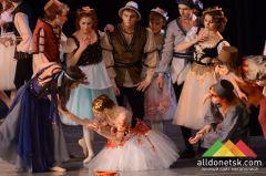 Горбун из Нотр-Дама в Донецке: Балет просвещает людей